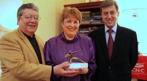 RACH-C Celebrates International Award